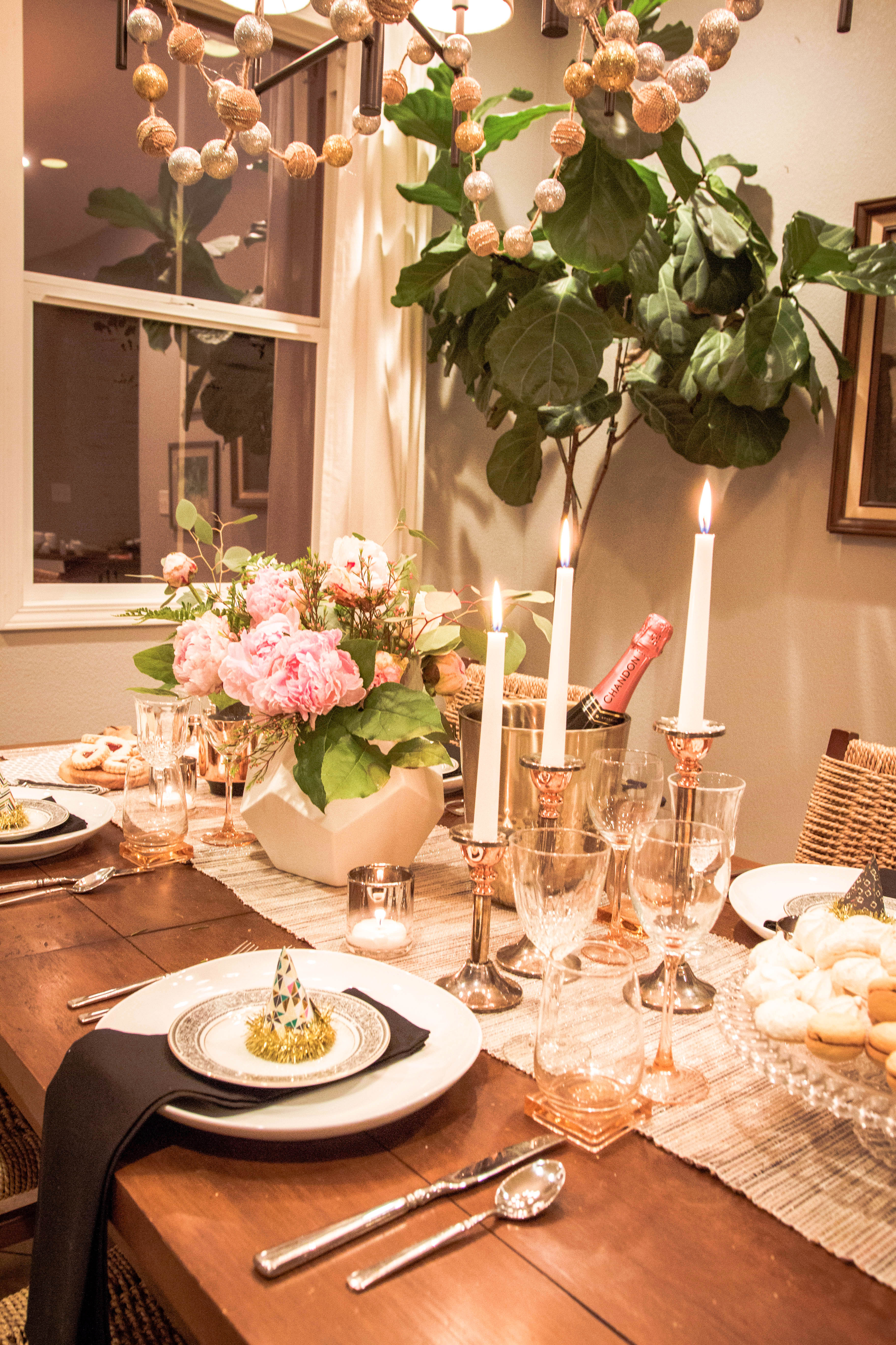 A new years tablescape design by numbers for Table design for new year